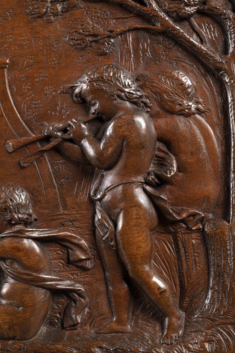 Triomphe de Pan – Bas-relief en noyer XVIIe siècle