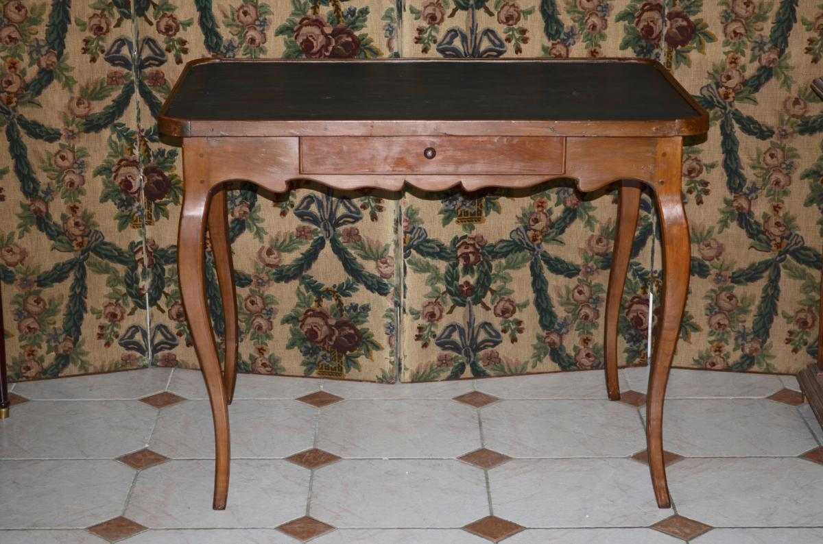 Table début  XVIII eme Siècle En Poirier époque Louis XV