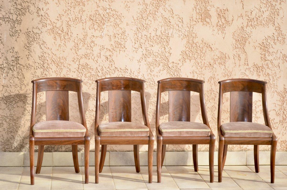 Suite De 4 Chaises Gondoles En Acajou  époque restauration