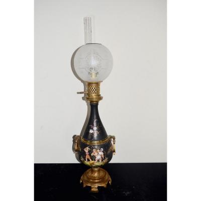 Lampe A Pétrole En Bronze Et Porcelaine 19eme siècle