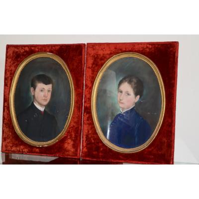 Paire De Portraits d'Enfants époque XIXeme Siècle
