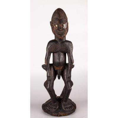Anthropomorphic Male Sculpture In Wood - Middle Papua Sepik