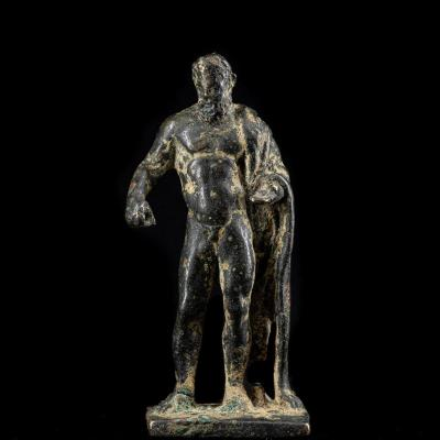 Small Bronze Statuette Representing Heracles - Roman (1st - 2nd Centuries Pcn)