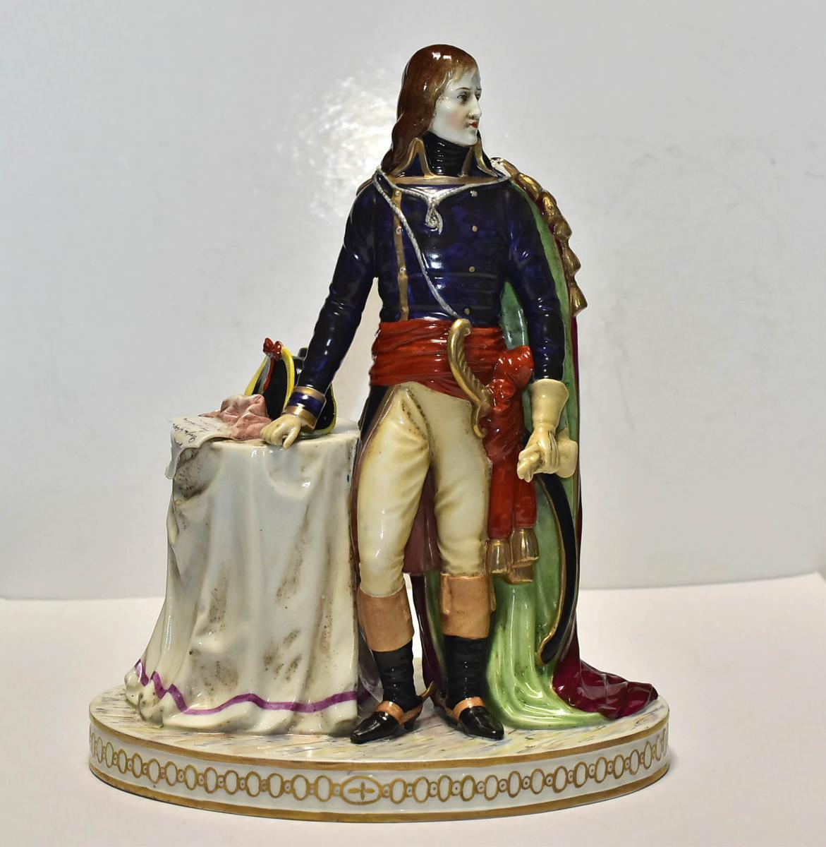 Napoléon Bonaparte , Porcelaine De Saxe Début 20ème
