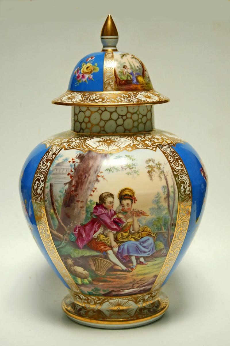 Pot Couvert En Porcelaine De Paris Fin 19ème