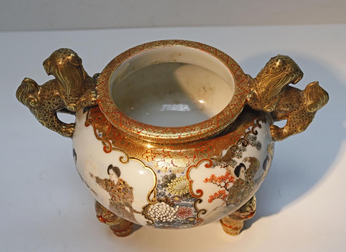 Kutani Japan Porcelain Tripod Vase Late 19th-photo-4