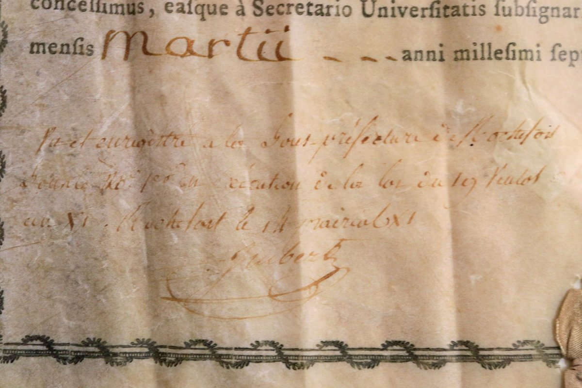 Bachelor's Degree In Medicine From The University Of Montpellier 1785-photo-3