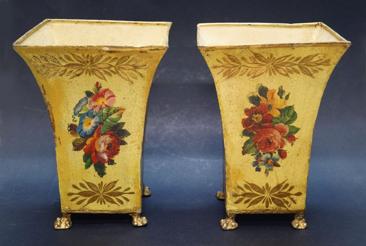 Pair Of Flower Pot In Iron Plate Painted Flower Bouquets Directoire Period