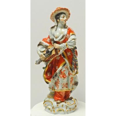 Figurine En Porcelaine De Meissen