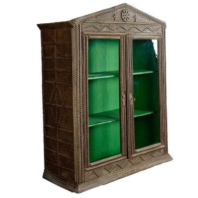Cabinet d'Art Ancien Ca. 1900