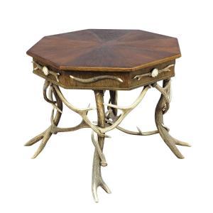 Table Octogonale En Bois De Cerf De Fabrication élaborée Ca. 1900