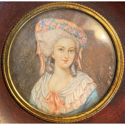Miniature Painting On Ivory Of The 19th Portrait Of A Young Woman