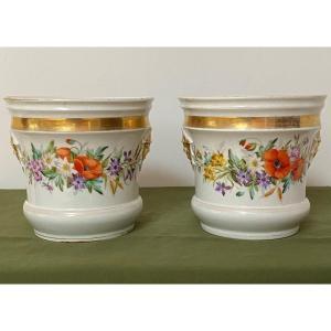Paire De Caches Pots En Porcelaine De Paris Décor De Fleurs XIX ème