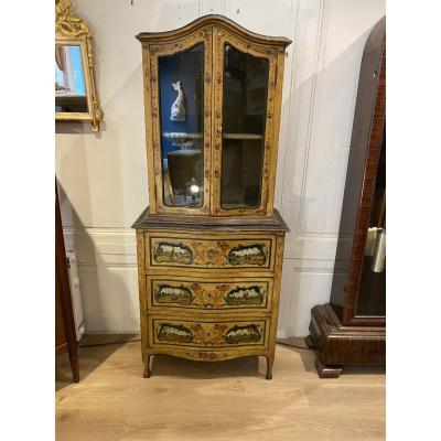 Showcase Dresser In Painted Wood