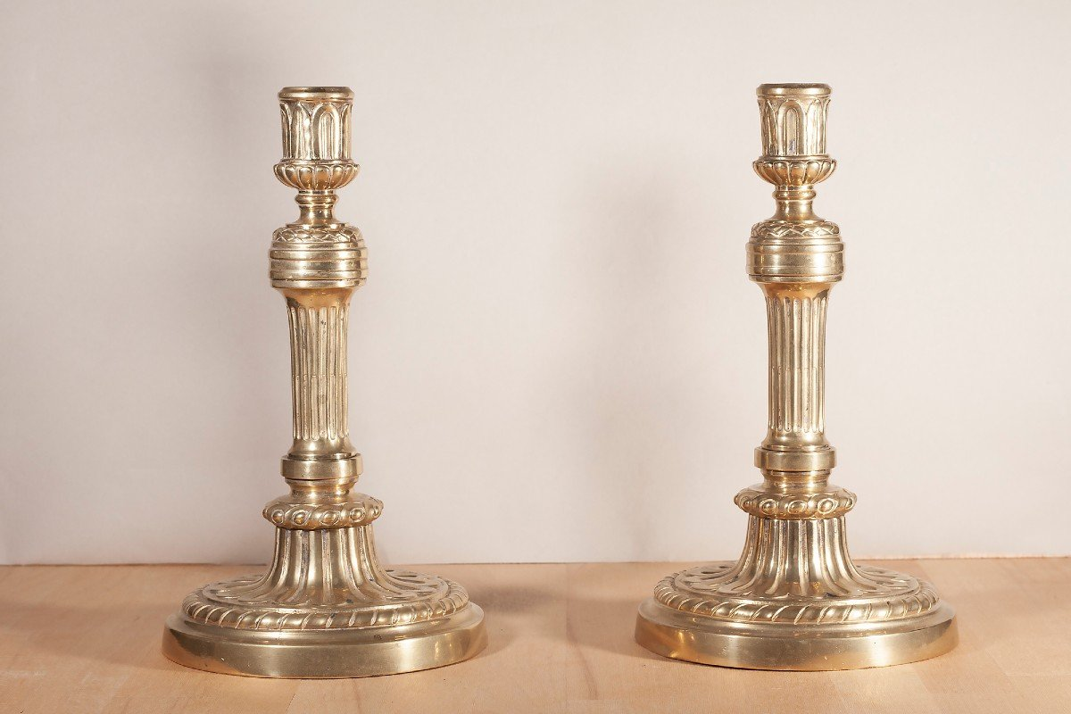 Paire De Flambeaux En Bronze XIX ème