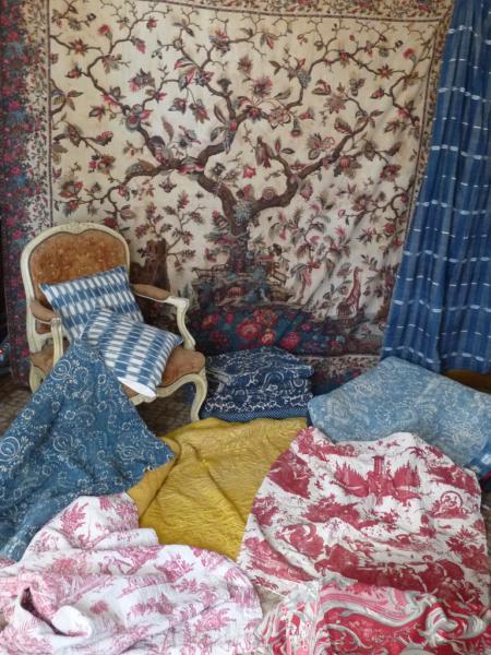 A l'Atelier des Textiles Anciens