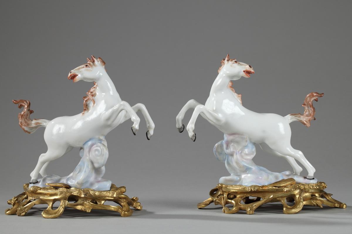 Paire De Chevaux En Porcelaine Manufacture Samson
