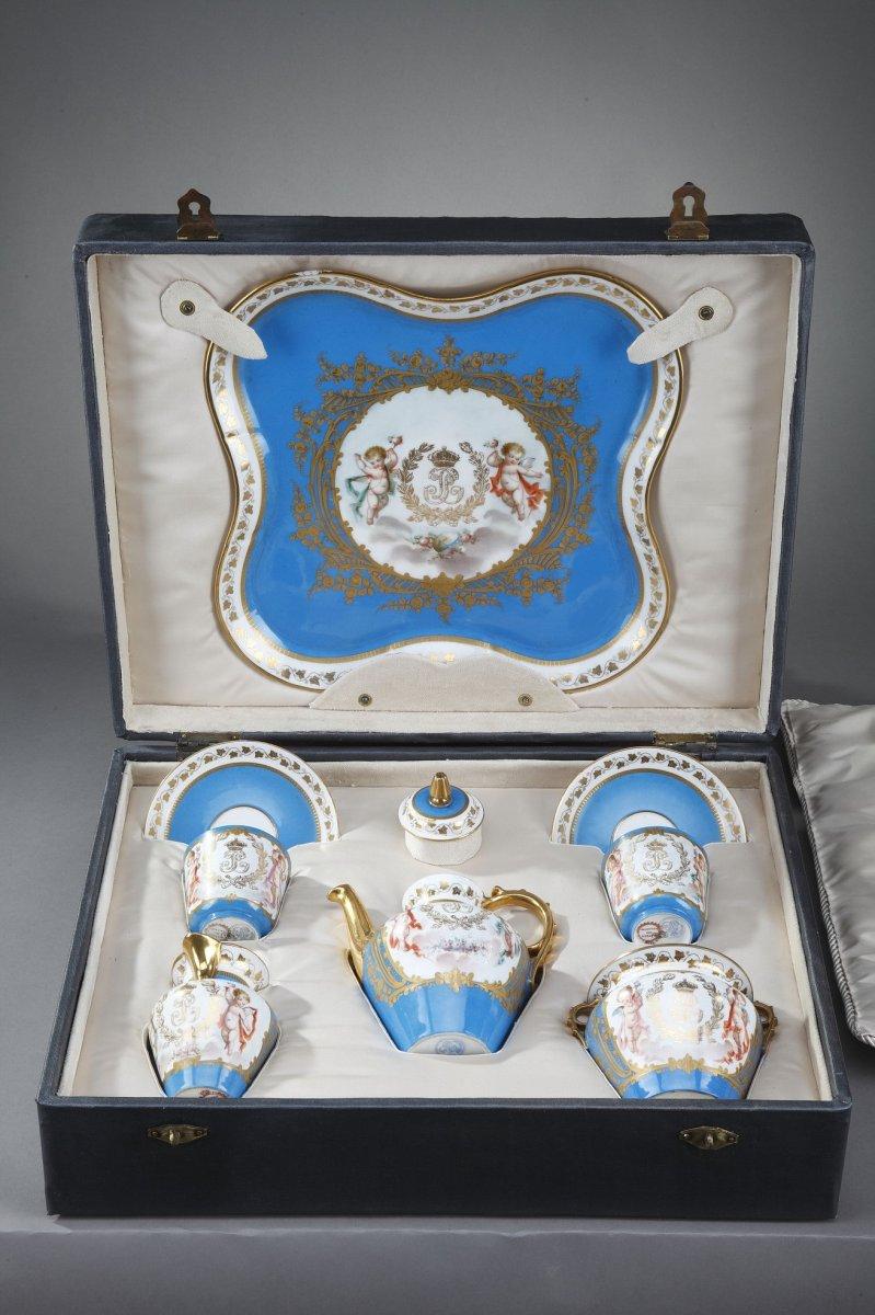 Service à Thé, Avec Marques De Sèvres Et Du Château Des Tuileries