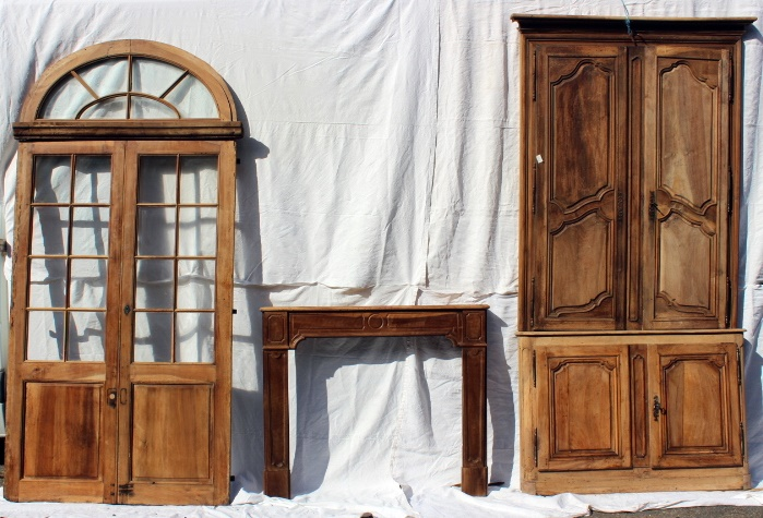 Woodwork Ensemble Double Transom Door, Fireplace Louis XVI And Closet 2 Corps