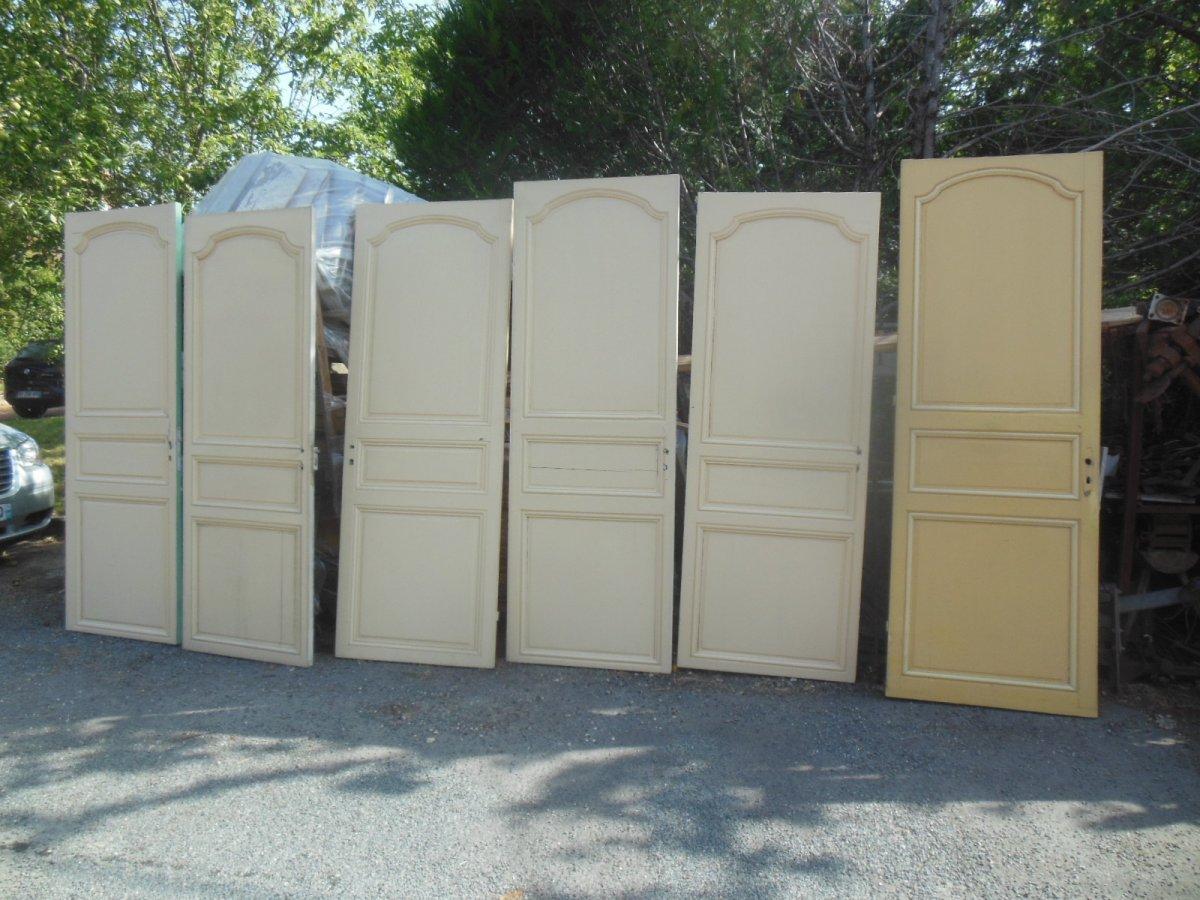 Coherente Suite Of 6 Doors In Resineux Door XVIII Eme And XIX Eme With Assorted Woodwork