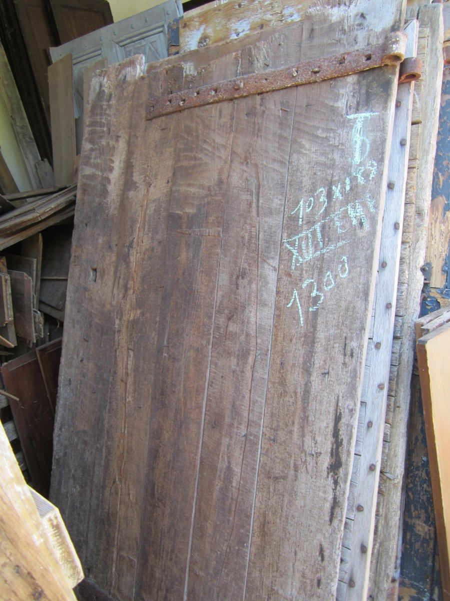 Old Door In Oak. Sixteenth