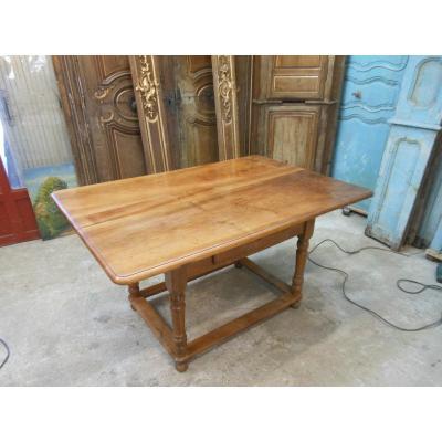 Table Alsacienne En Noyer XIXeme a tiroir
