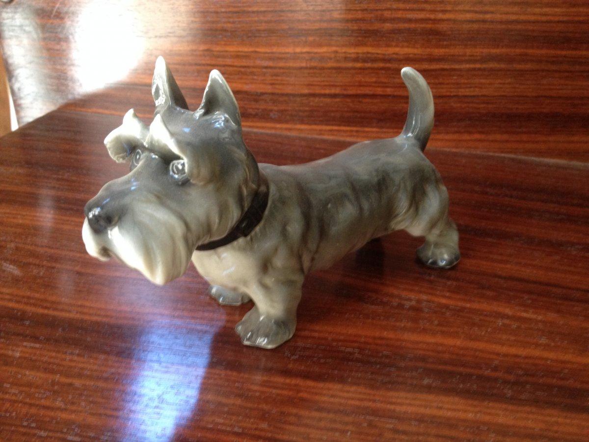 Saxony Porcelain Dog
