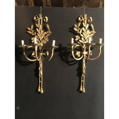 Pair Of Large Sconces With Hunting Decor In Bronze (90cm)