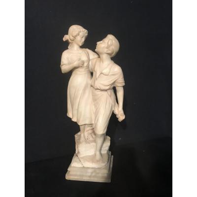 Jeune Couple En Albâtre