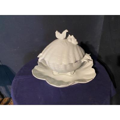 Soupière En Porcelaine De Limoges En Forme De Coquillage