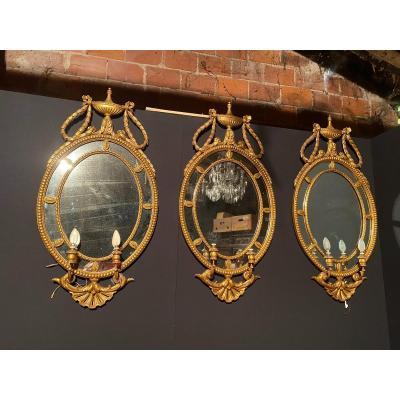 Suite De Trois Miroirs Appliques En Bois Doré Style Louis XVI