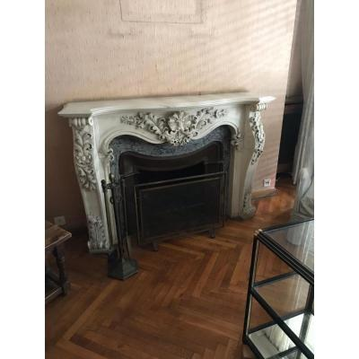 Louis XV Style Fireplace In Carrara Marble Nineteenth