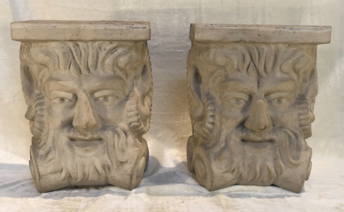 2 Stoneware Plinths - Attributed To Guerin - Stylized Bachus Head - 15x24x31 Cm