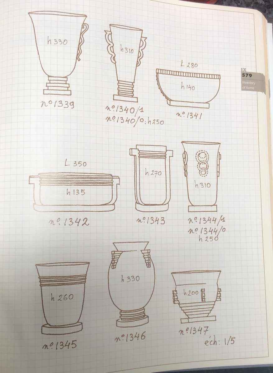 Plain White Vase On Foot - Boch Keramis - Without Decor - Dim. 27 X 17cm - F1316-photo-2
