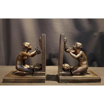 Paire De Presses Livres, Bronze - Carlier