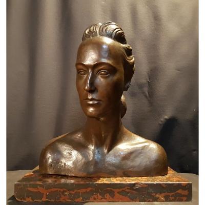 Olga, Buste En Bronze, 1941 - M. De Rof