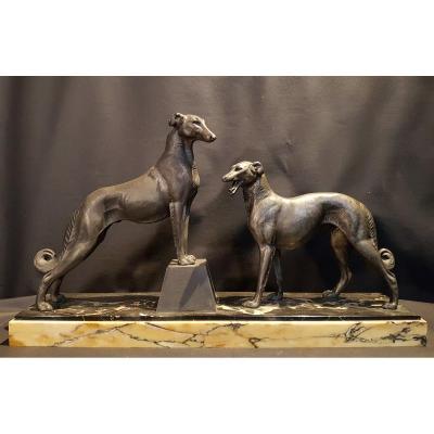 Garniture Composée De Deux Lévriers En Bronze, C. 1930
