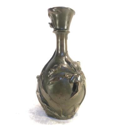 Vase Art Nouveau En Bronze Avec Des Fleurs - Julia Vanzype - H. 31 Diamètre : 15cm