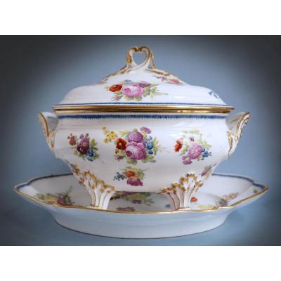 Louis Crétté - 18th Century Hard Paste Porcelain Tureen