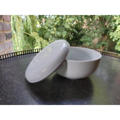 Sèvres - Box Of Mantes Hard Paste Porcelain  20th Century