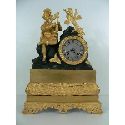 Pendule En Bronze Doré XIXeme