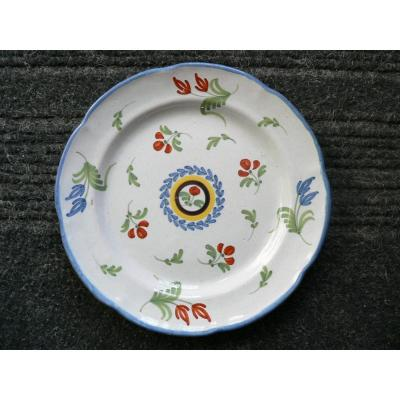 XIXth Waly Earthenware Plate With Floral Decor