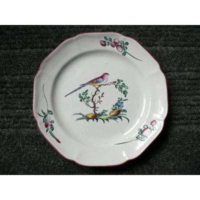 Assiette En Faïence De Toulouse XVIIIème Décor à l'Oiseau Branché