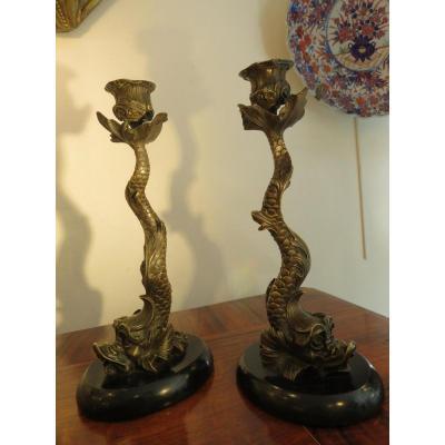 Paire De Bougeoirs En Bronze ,décor Au Dauphin ,xix ème
