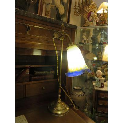 Lampe Art Nouveau En Laiton , Tulipe En Pâte De Verre Signée Muller Frères Lunéville
