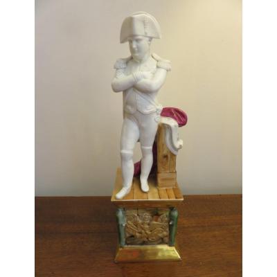 Sculpture ,  Sujet  de Napoléon I er  en biscuit et porcelaine polychrome  XIX ème