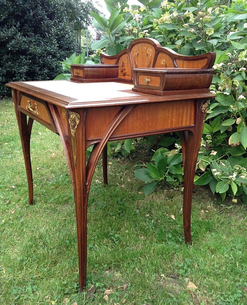 Louis Majorelle: Stylish Office Lady Art Nouveau - desks