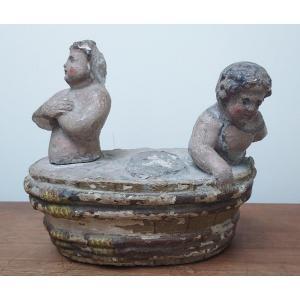 Les Enfants De Saint Nicolas, Pierre Sculptée 18ème
