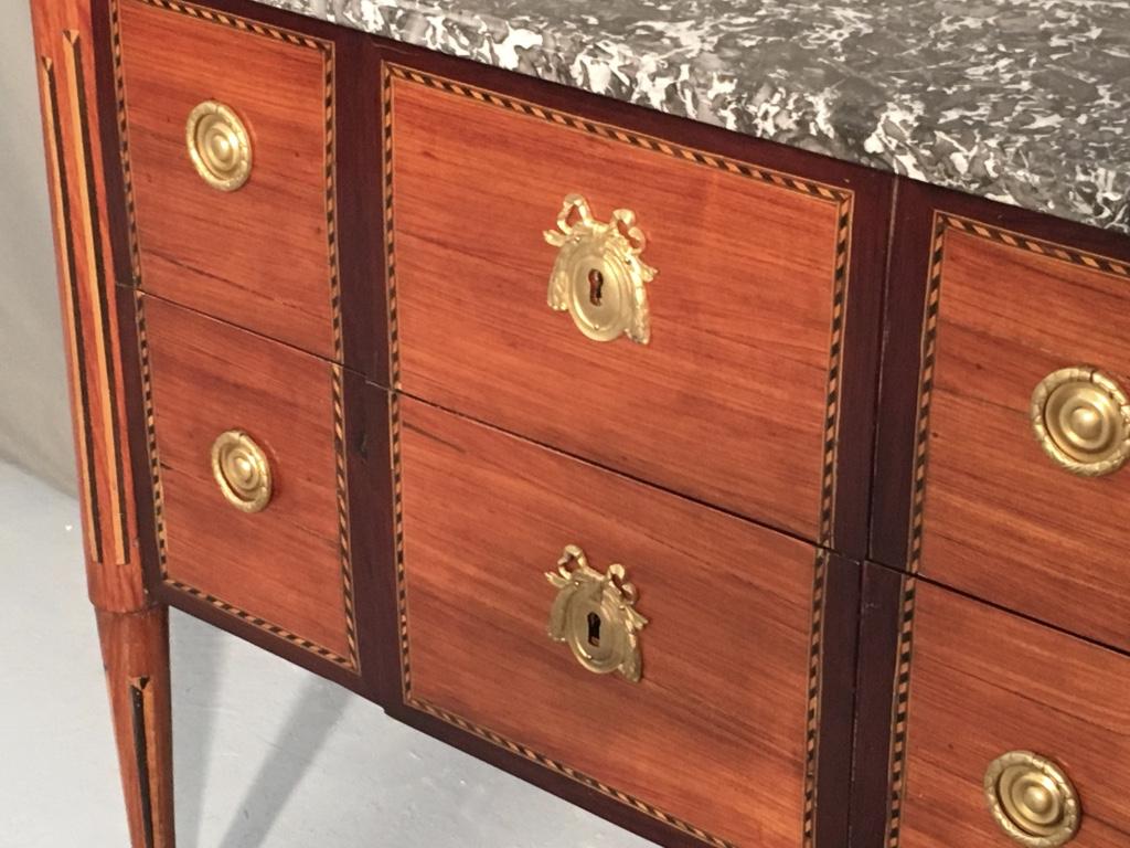 Commode d'époque XVIIIème estampillée Chaumond-photo-4