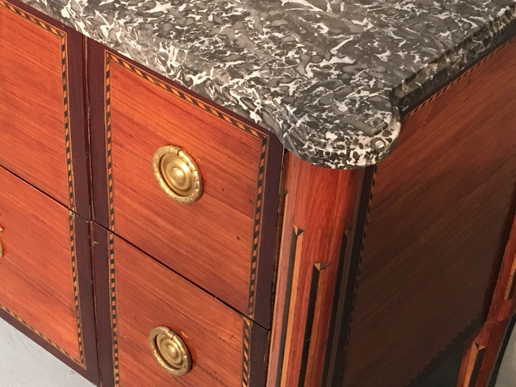 Commode d'époque XVIIIème estampillée Chaumond-photo-1
